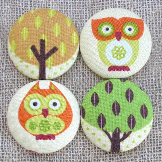 Wide Eyed. Owls . . . 4 Jumbo Fabric Magnets