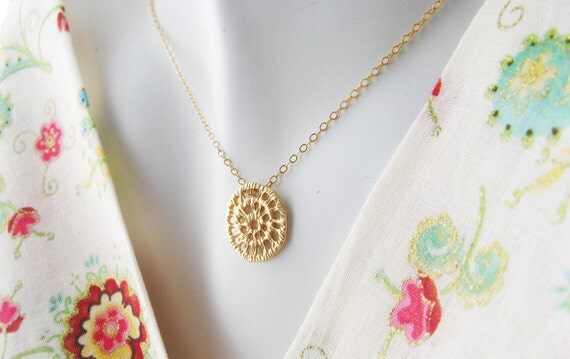Golden Lace Unique Pendant Charm Necklace Inspired by the Art of Crotchet - Gold Minimalist Necklace  Wear Everyday Gold Pendant