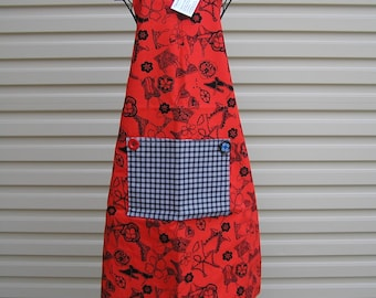 """Apron """"50 Shades of Red""""  (215)"""