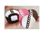 CUPCAKE Refrigerator MAGNETS * Set of Four * Hand Painted