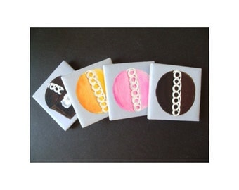 CUPCAKE MAGNETS - Set of Four * Hand Painted * Kitchen Decor