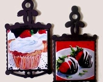 CERAMIC TILE TRIVETS - Kitchen Dessert Art - Cupcakes And Strawberries