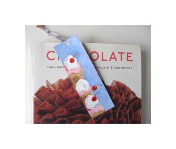 CUPCAKE Bookmark - Hand Painted / One Of A Kind * Dessert Art By Rodriguez