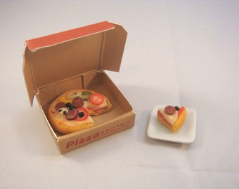 Dollhouse Miniature - House's Special Pizza