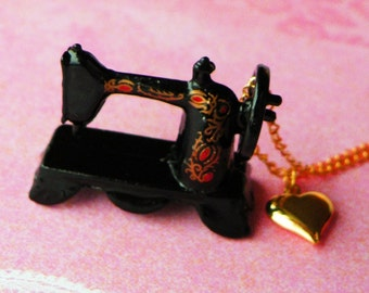 I LOVE SEWING - Sewing Machine Necklace