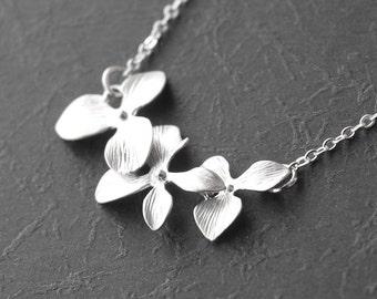Triple Horizontal Tier Orchid - White Gold Necklace  (R4B-A2A)