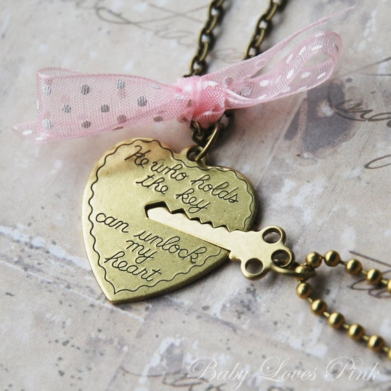 Key to My Heart - Heart and Key Couples Necklace  (R1E3)