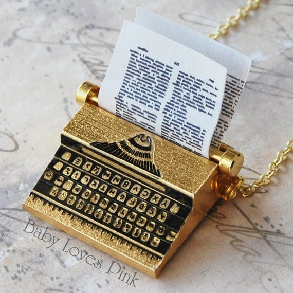 Typewriter Necklace - Gold plated Brass Miniature  Vintage Type Writer  (R2A1)