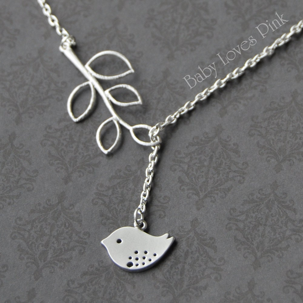 sweet bird and tree branch dangling necklace r1e4