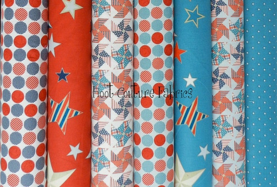 1 3/4 yard (1.6 m) Fat Quarter bundle from the Stars and Stripes Collectionfor Riley Blake Fabrics