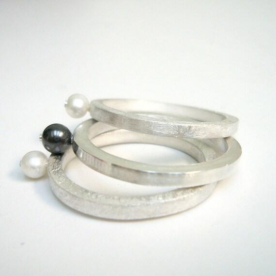 Emma ring (2mm) sterling silver, ball, white, handmade, distinctive, gift, woman, copper, black, pearl, Swarovski, White, 3 rings, gold