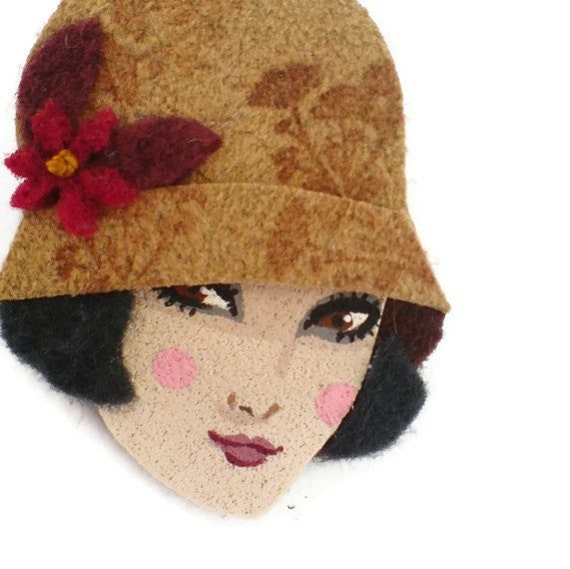 Retro Girl Fabric Brooch, Felt Brooch, Art Brooch, Wearable Art Jewelry, Mother's Day Gift