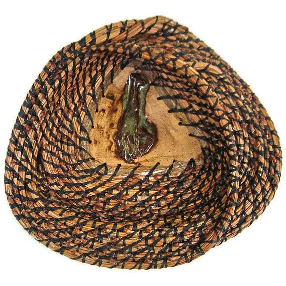 Triangular Pine Needle Giraffe Basket, Housewarming Gift