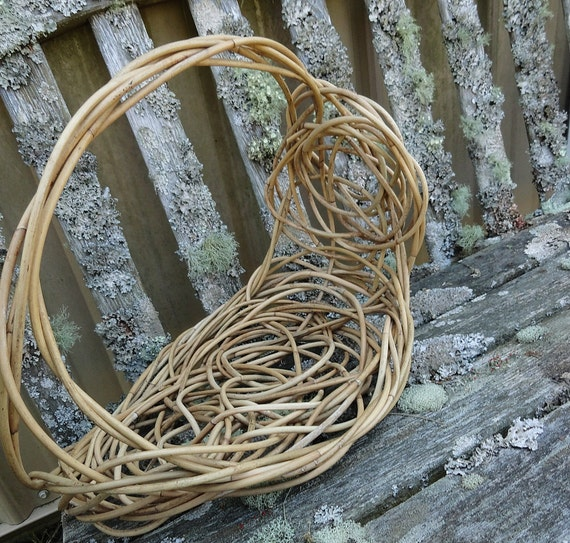 Asymmetrical Freeform Display Or Wedding Program Basket with Arching Handle