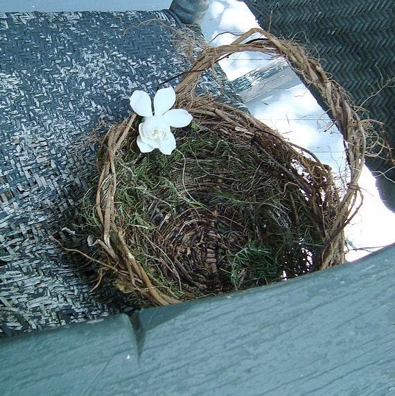 Medium Table Basket Eco Friendly Woodland Wedding Rustic Leafy Chemical Free Rosemary Ivy