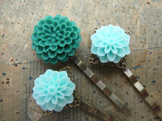 Cool Hues - Flower Hair Pin, Bobby Pin Set in Teal and Pale Aqua
