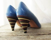Vintage Size 9.5 Made In Italy Bright Blue and Striped Wooden Heel Pumps