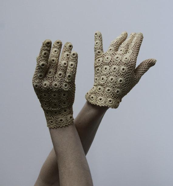 Vintage Irish Lace Crochet Gloves . Fancy Tea Glove