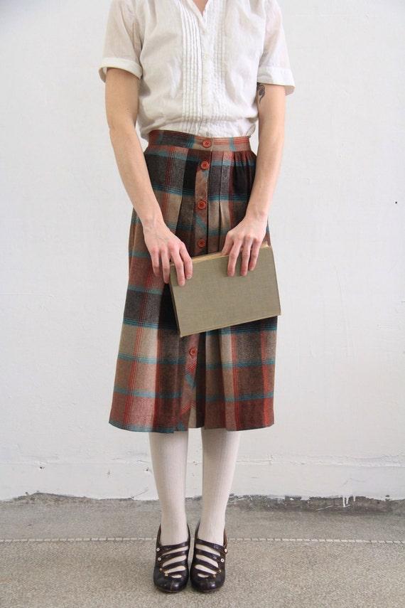 Vintage Plaid Skirt . Earth Tones . Button Down .