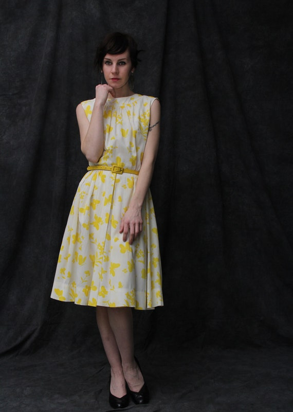 Vintage Butterfly Print Dress . 1960s . Yellow Crepe Daydress
