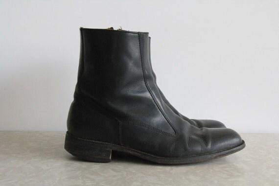 Vintage Florsheim Ankle Boots . Mens . 1960s Mod . Black Leather . Size 8.5