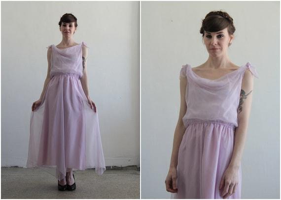 1970s Dress . Lilac Purple . Summer Wear . Medium Large