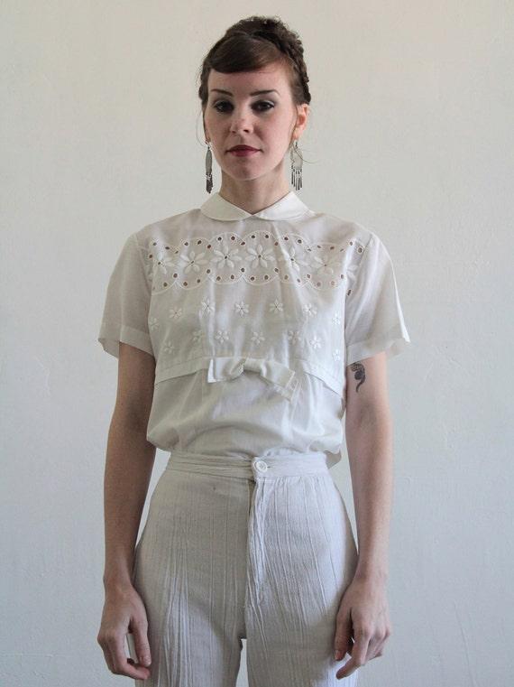 Vintage blouse 1950s top peter pan collar white cotton for White cotton shirt peter pan collar