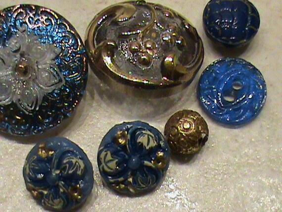 Vintage Buttons - Czech Glass beautiful  cobalt blue and gold handpainted lot of 7  - (339)