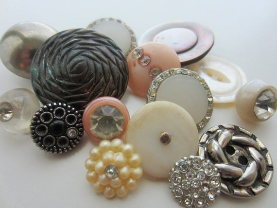 Vintage Buttons - lot of 15 Shabby chic pinks, silver and white and rhinestones, very old (913)