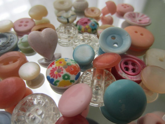 Vintage Buttons - Cottage chic mix of sweet little pastels, lot of 37 (1728)