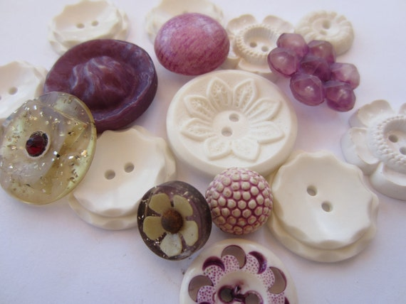Vintage Buttons - Cottage chic mix of white and purple, old and sweet - 16 total (1918)