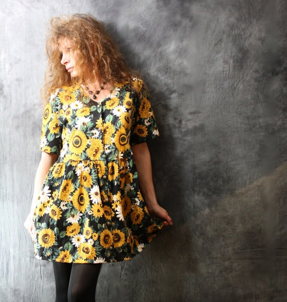 Vintage 80s Happy Summer Sunflower Garden Baby Doll Cotton Dress