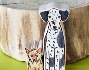 Custom Wooden Star House Pet Likeness- Two Pets