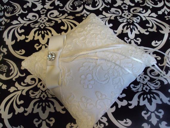Miranda Ring Bearer Pillow