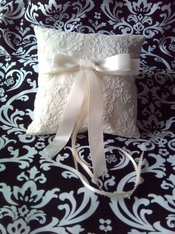 Mackenzie Ring Bearer Pillow