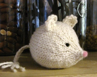 Mouse Knitting Pattern (PDF), Digital Download