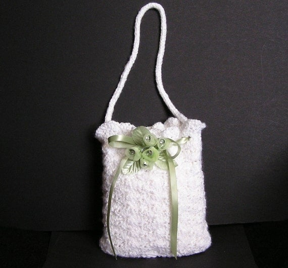 Crochet Flower Girl Basket Pattern : Flower girl purse pdf crochet pattern english only from