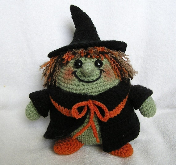 PUDGY WITCH PDF Crochet Pattern