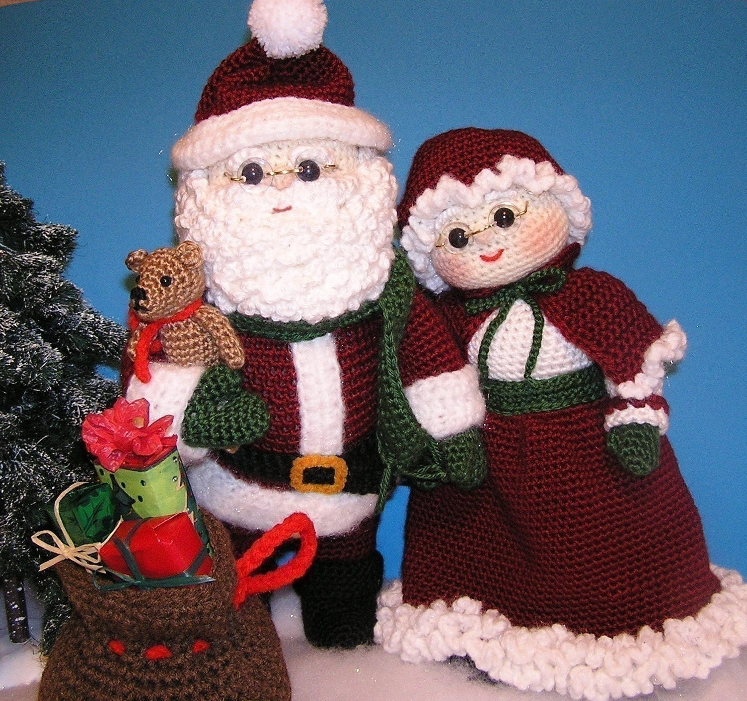 Pdf crochet pattern mr and mrs santa english only zoom bankloansurffo Image collections
