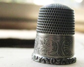 Antique Sterling Silver Victorian Thimble with Grapes and Leaves Size 9  Ornate