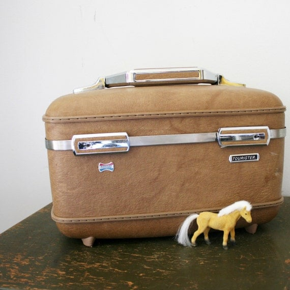 vintage 70s Caramel Brown American Tourister Train Case