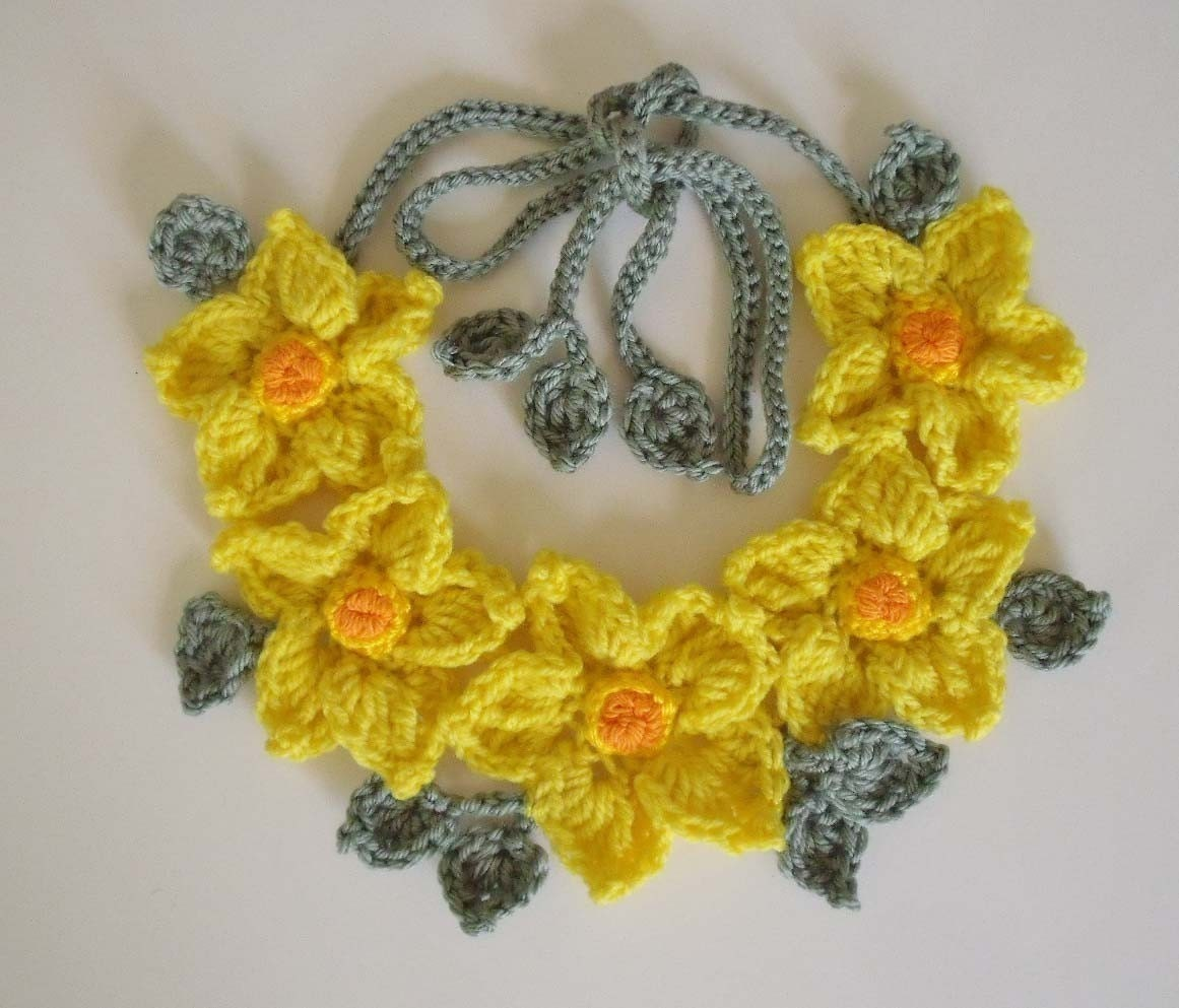 Crochet Yellow Flower Pattern : PDF Pattern Free form Crochet necklace Yellow flowers No 4