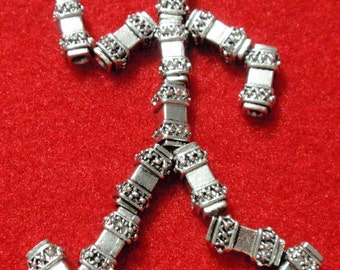Silver Tone Beads Heavy with Exquisite Bali Criss Cross Ball Detail  A1