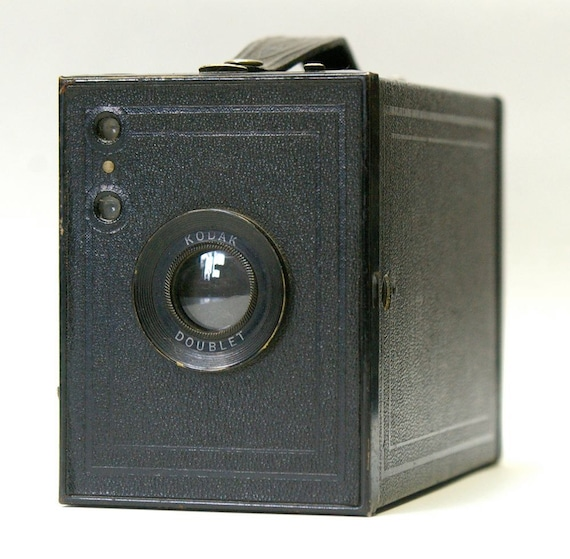 Rare Vintage Kodak No. 2 Brownie Special box camera 1933-1934  Sale