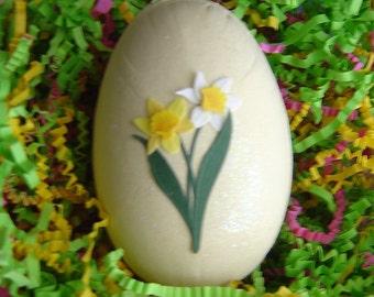 Pastel Easter gift box egg
