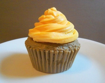 Handmade Soap Cupcake - Warm Pumpkin Pie Scented - FULL SIZED - Vegan