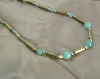 Light Green and Gold bead necklace