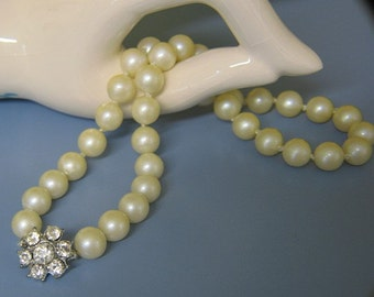 Vintage Hand Knotted Pearl Choker with Rhinestone Clasp