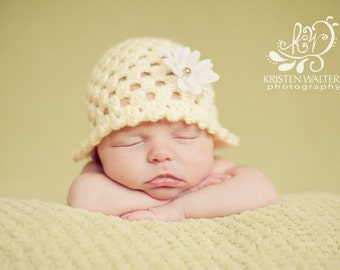 Newborn.... My Little sunshine Crocheted Hat with daisy... Photography Prop