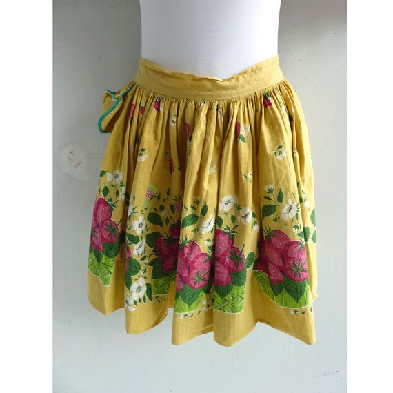 Vintage 50s Yellow Strawberry Patch Floral Apron